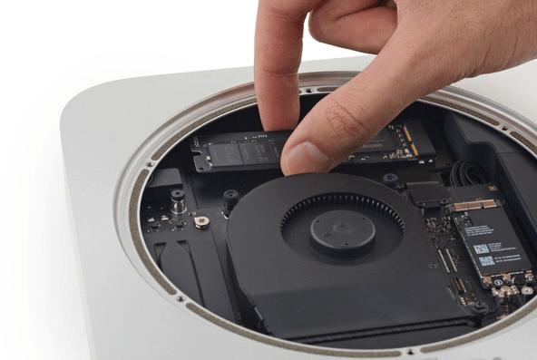 Nhấc đầu không cố định của SSD lên