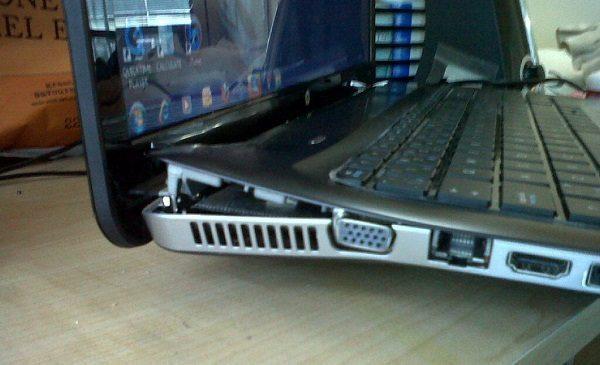 thay ban le laptop_04