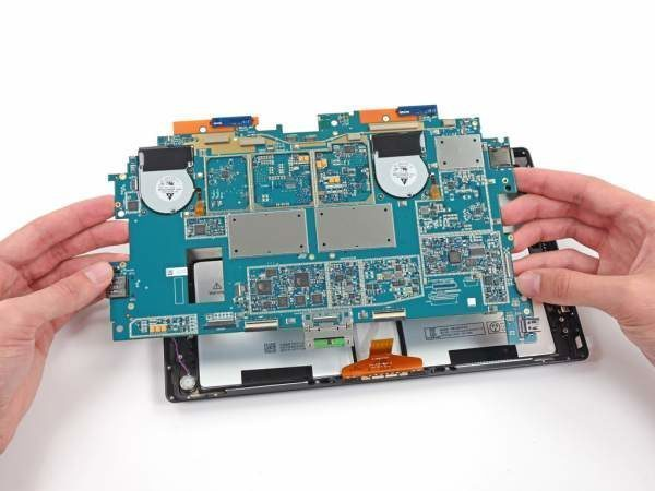 Thay Mainboard Surface chuyên nghiệp