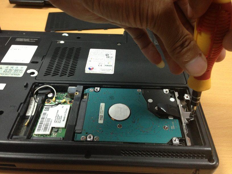 Định dạng lại ổ cứng cho SSD