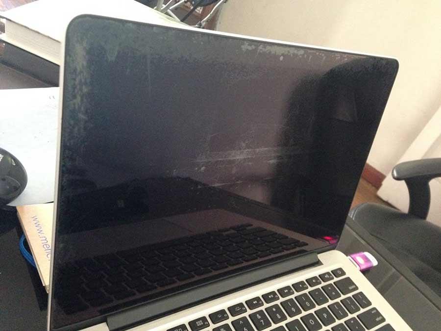 Nguyên nhân loa Macbook bị lỗi